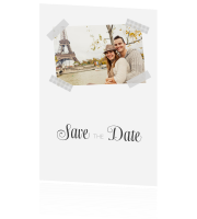 Trendy klassiek: foto met tape op jullie Save the Date kaart!