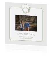 Save the Date met foto schild en eucalyptus