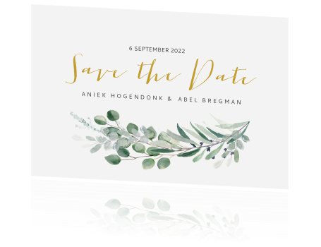 Trendy Save the Date met eucalyptus blaadjes